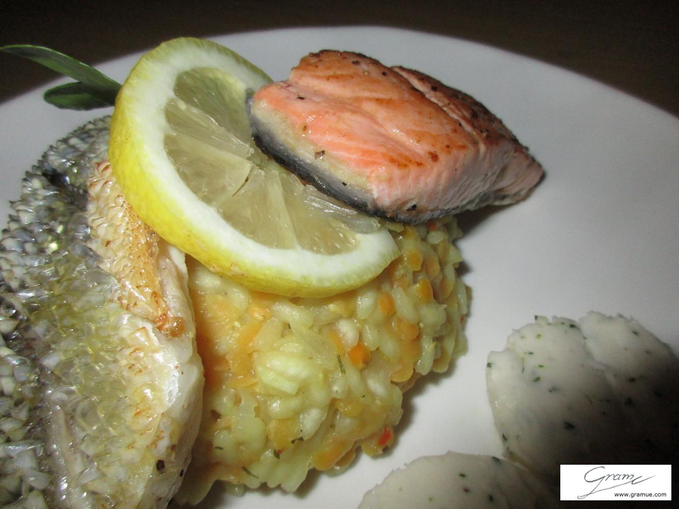 Duetto di branzino e salmone - C