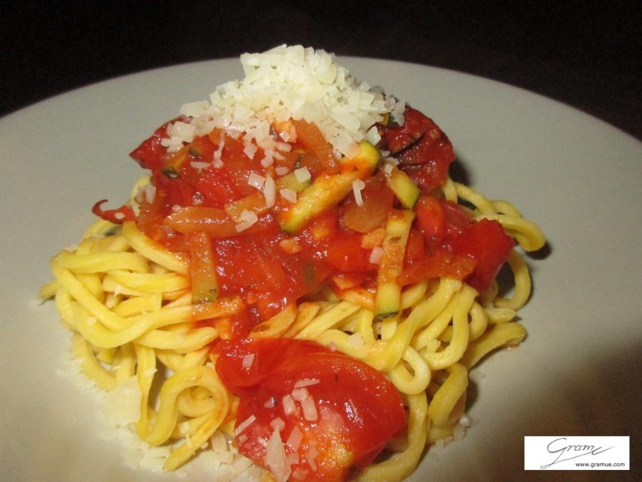 Spaghetti - piccoloa cucina - D